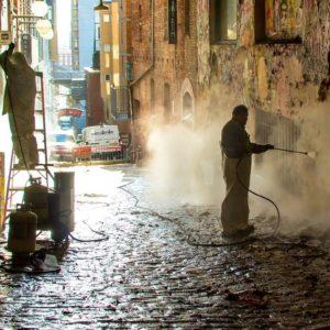 Solution de nettoyage pour les garages, transporteurs, autocaristes